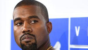 Zweiter Foto-Schocker: Kanye kauft Whitney-Pic für neue CD