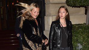 Hübsch wie die Mama! Kate & Lila Moss flanieren durch Paris