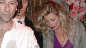 Auch das noch: Kleiderpanne bei Kate Moss!