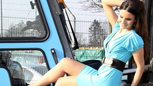 Bachelor-Katja in Erotik-Kalender zu sehen