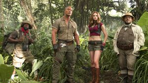 """Kevin Hart, Dwayne Johnson, Karen Gillan und Jack Black in """"Jumanji: Willkommen im Dschungel"""""""