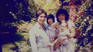 Kim Kardashian als Baby mit Mama, Vater und Schwester