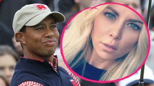 Er bleibt sich treu: Neue blonde Bombe für Tiger Woods!