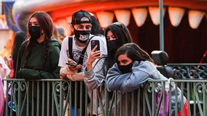 Neue Kardashian-Show: Travis Barker und Kids auch dabei?