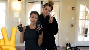 Kourtney und Khloe Kardashian beim Sport
