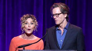 Lockdown-Liebe: Kevin Bacon waxt seiner Frau die Intimzone