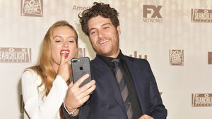 Leighton Meester und Adam Pally auf einer After-Show-Party der Golden Globes 2017