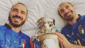 Nach EM-Triumph: Italien-Kicker nehmen Pokal mit ins Bett