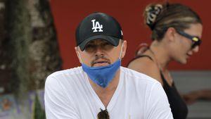 Mit Kippe und Kokosnuss: Leo DiCaprio entspannt auf Hawaii
