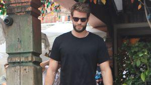 Liam Hemsworth und Freundin zusammen beim Lunch gesichtet