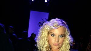 Gina-Lisa zeigt im Playboy ihre prallen Bohnen