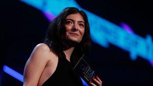Lorde verliebt: Ist sie mit 18 Jahre älterem Mann zusammen?