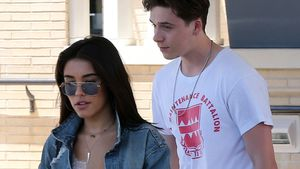 Madison Beer und Brooklyn Beckham vor Barneys in New York