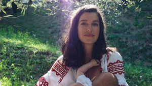 Marie Nasemann teilt neue Mama-Sohn-Aufnahme vom Stillen