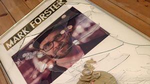 Mark Forsters kaputte goldene Schallplatte