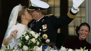 Maxima und Willem-Alexander nach ihrer Trauung 2002