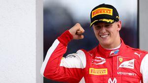 Papas Fußstapfen: Mick Schumacher holt ersten Formel-2-Sieg