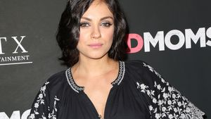 mila kunis ungeschminkt und trotzdem sch n. Black Bedroom Furniture Sets. Home Design Ideas