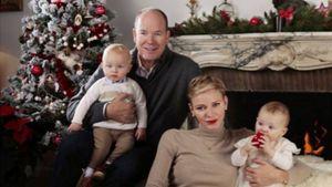 Fürst Albert & Charlène: Süßes Weihnachtsfoto mit Zwillingen