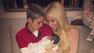 Dank Leihmutter: Gigi Gorgeous & ihre Freundin sind Mamas!