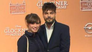Nevio Passaro mit seiner schwangeren Freundin Verena