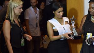 """Bühnen-Blackout bei Nicki Minaj: """"Wofür war dieser Preis?"""""""