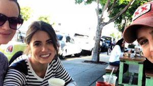 Nikki Reed feiert Twilight-Treff mit Film-Family
