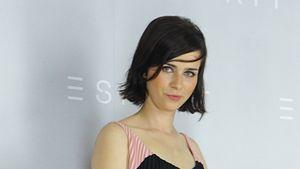 """Nora Tschirner ist """"Pretty in Pastell und Plissee"""""""