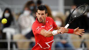 Am Kopf: Novak Djokovic trifft wieder einen Linienrichter