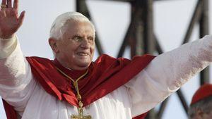 Benedikt XVI.-Rücktritt: Befehl von ganz oben!
