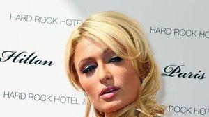 Paris Hilton als halbnackte Barbie!