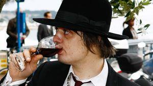 Daneben: Pete Dohertys Aussetzer in Cannes