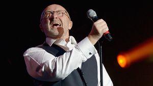 Phil Collins bei einer Performance auf einer Gala in Miami