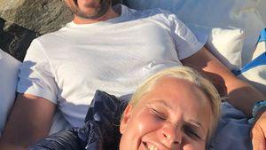 Lässig-Selfie! Norwegens Mette-Marit gratuliert ihrem Haakon