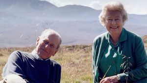 Philip (†) hätte es so gewollt: Die Queen genießt das Leben