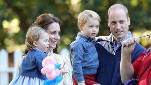 Prinzessin Charlotte, Herzogin Kate, Prinz George und Prinz William 2016 in Victoria