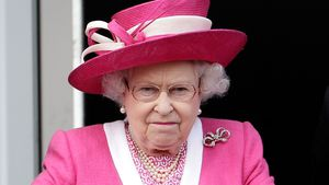 "Queen involviert? ""Paradise Papers"" sorgen für Royals-Unruhe"