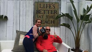Rebecca Kratz mit ihrem Fitnesstrainer Headcoach Frank 'Franco'