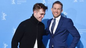 "Robert Pattinson und Charlie Hunnam bei der Premiere von ""Lost City of Z"" in Berlin 2017"