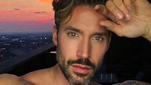 Robert Sepúlveda Jr., Gay-Bachelor