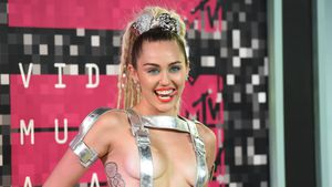 "Mega-high: Miley war beim ""Wrecking Ball""-Dreh zugedröhnt!"