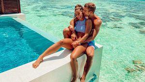 Süße Urlaubsgrüße von Turteltauben Sarah Lombardi und Julian