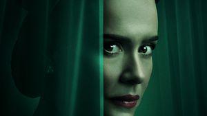 """Staffel zwei? """"Ratched"""" mit Sarah Paulson erobert Netflix"""