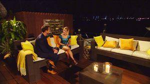 Bachelor Sebastian mit Sabrina in der ersten Nacht der Rosen