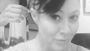 Kahlrasur: Krebskranke Shannen Doherty teilt mutiges Video