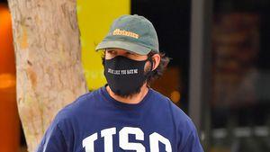 Nach Anschuldigungen: Shia LaBeouf trägt Maske mit Botschaft