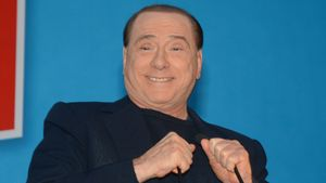 Silvio Berlusconi: Erste Haftstrafe aufgehoben!