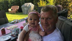 Mit Enkelin im Arm: Kicker-Legende Stefan Effenberg wird 50