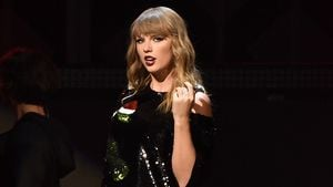 Gruselig: Stalker machte Nickerchen in Taylor Swifts Bett!