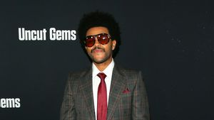 Richtig elegant: The Weeknd rockt im Retro-Look Filmpremiere